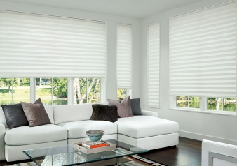Solera Honeycomb Shades in Layla Fabric / Solera Fabric Material: Layla Light Filtering Color: December White